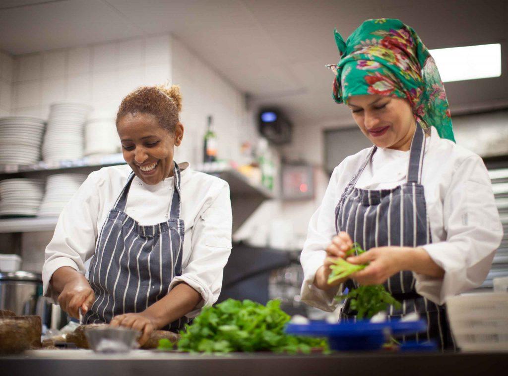 Mazi Mas, restaurante sostenible de mujeres refugiadas | Mazi Mas restaurant London